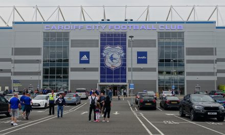 Cardiff Fans in Emotional Tribute to Emiliano Sala