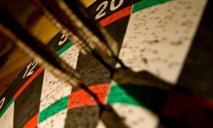 Premier League Darts Week 3: Van Gerwen Remains Perfect, Barney Fights Back.